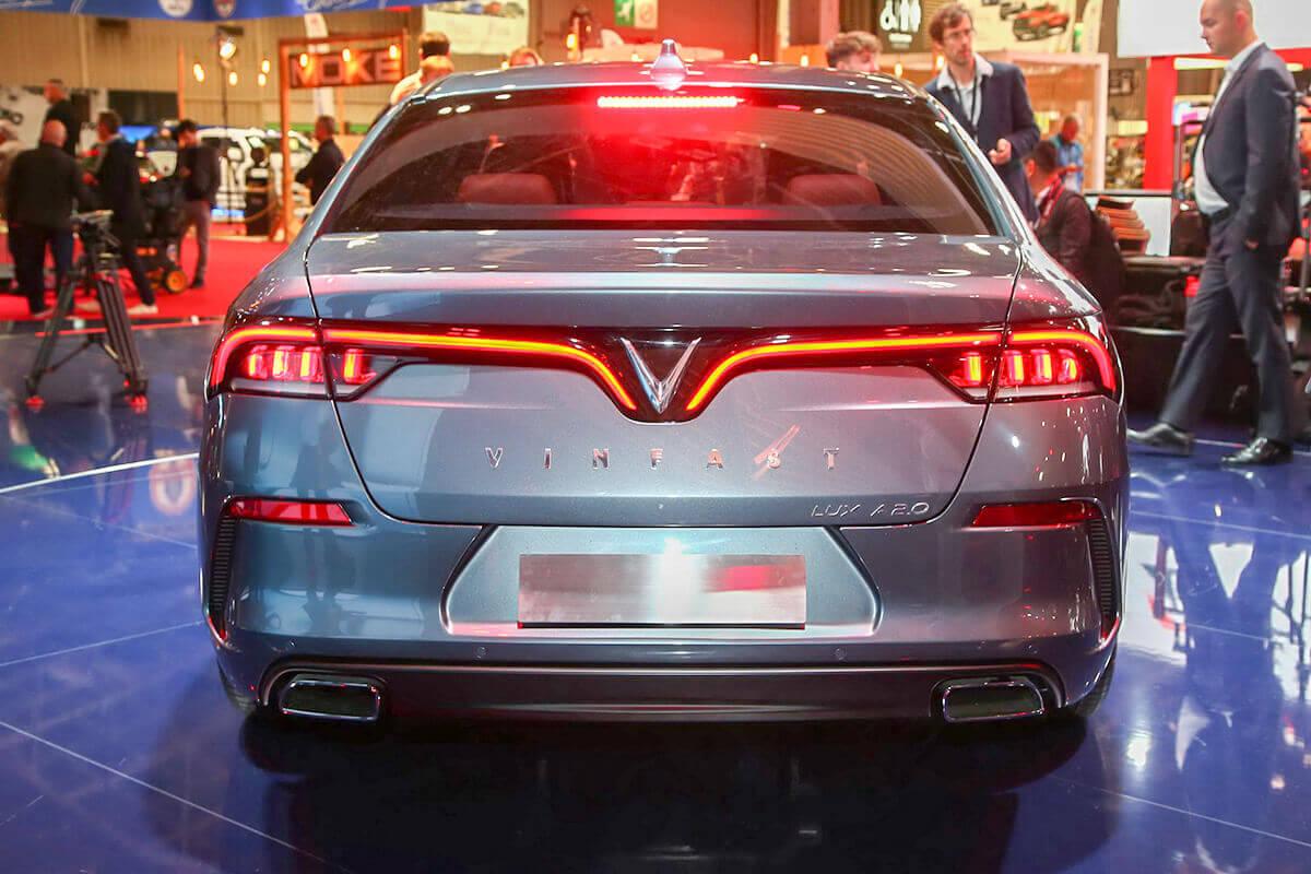Đuôi xe ô tô Vinfast Lux A